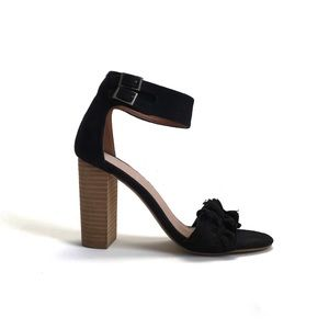 Mi.im Emmeline Two Band Ruffle Trim Heel
